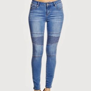 Women's Moto Skinny Ankle Jean New